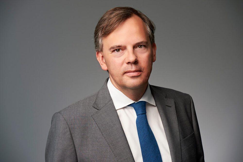 Portraitfoto von Dirk Stenger, dem Geschäftsführer der Tertianum Premium Group