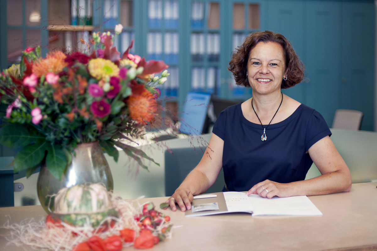 Berufsbild Rezeption: Nadine Santl arbeitet als Rezeptionistin in der Tertianum Premium Residenz Konstanz