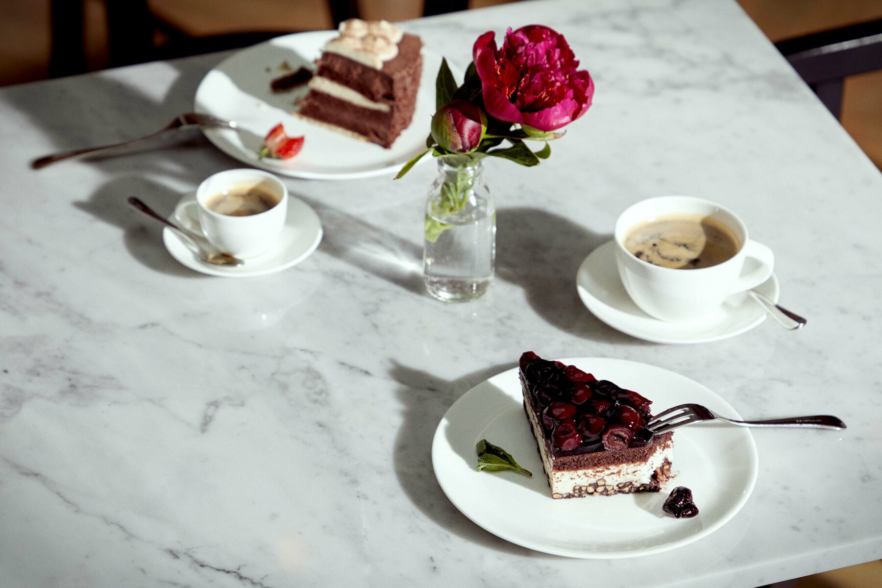 Exklusives Wohnen im Alter - gedeckter Kaffee-Tisch in einer Tertianum Residenz